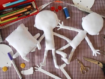 "Tipos de bonecos para o curso ""Aprenda a Bonecar"" da eduK (2015)"