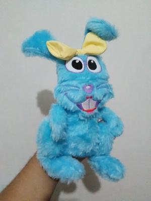 Coelha Colela, personagem criado pelo Canal Aquarela Kids (2018)